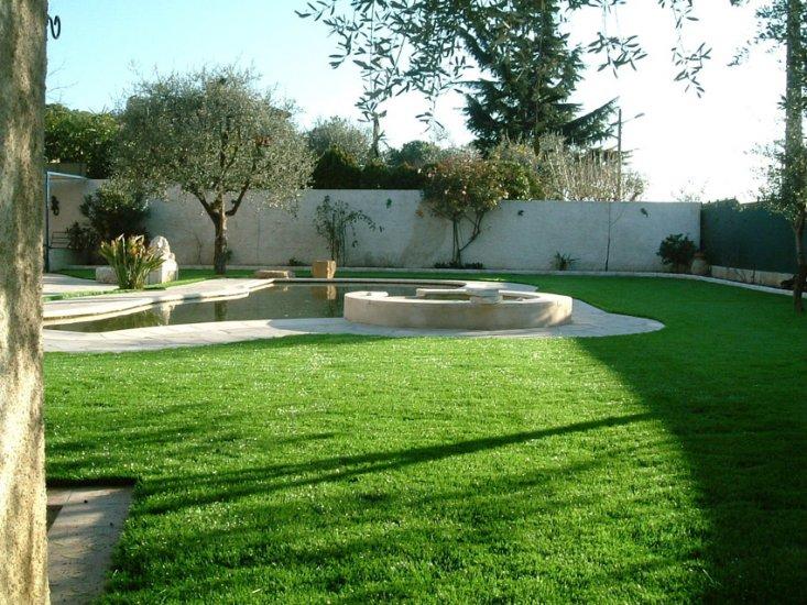 Prato sintetico e erba sintetica per giardino da arteco di verona